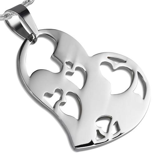Ocelový přívěsek srdce s vyřezánými motivy